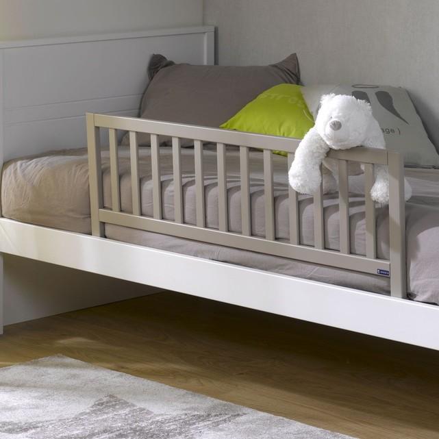barrière lit bébé